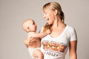 הצלמת ובתה. תצלום באדיבות הצלמת